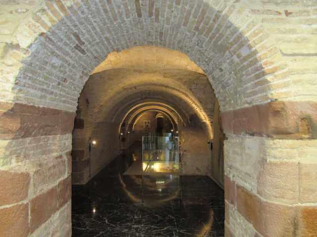 interior-galeria-museo-historia-el-carpio