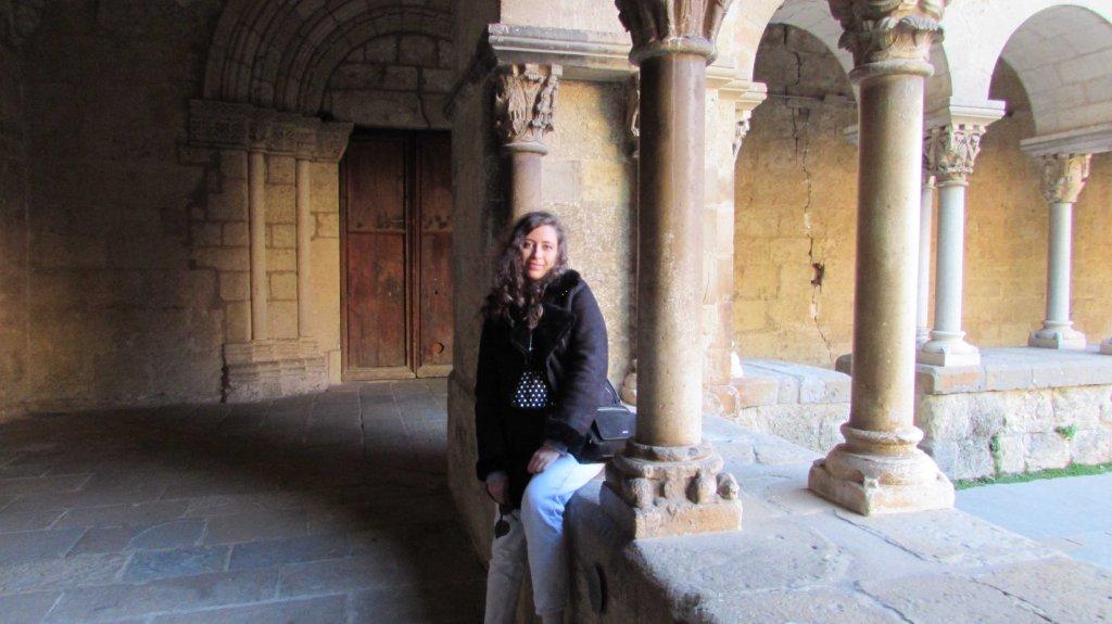 luna-touris-claustro-monasterio-sant-cugat