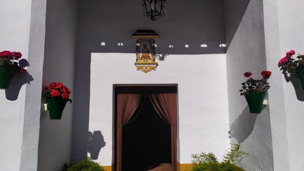 luna-touris-ermita-san-pedro-el-carpio