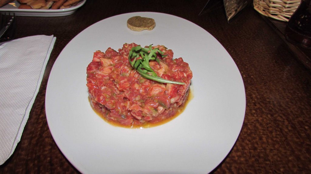 tartar-ternera-restaurante-gina-sant-cugat