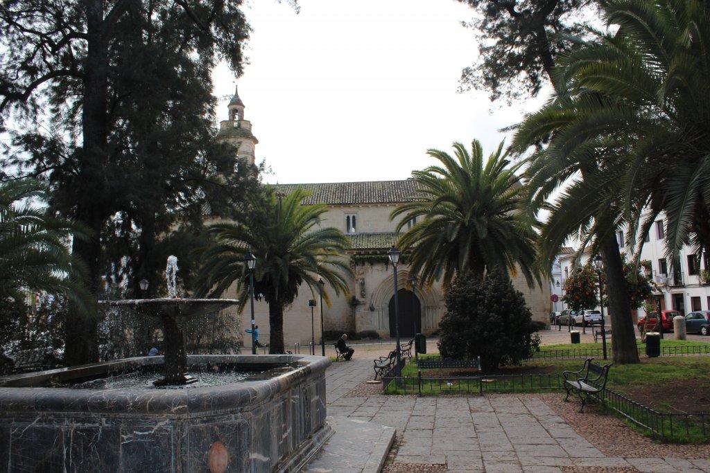 iglesia-plaza-magdalena-cordoba