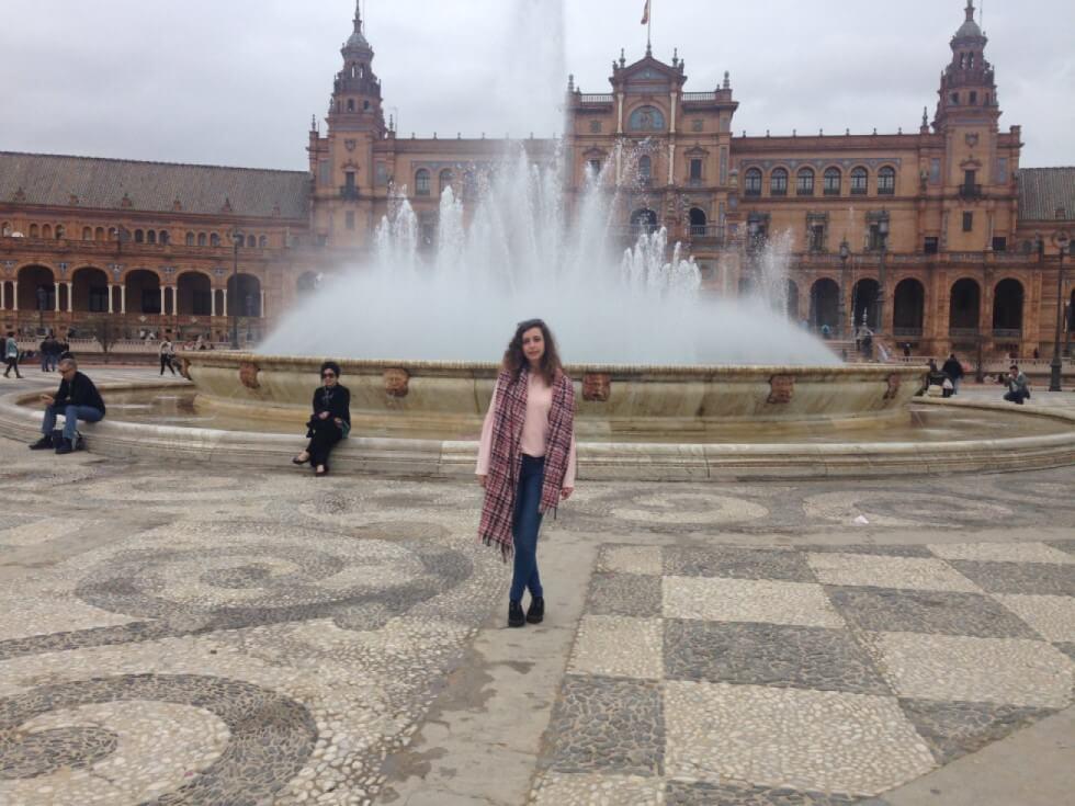 plaza-españa-fuente-sevilla