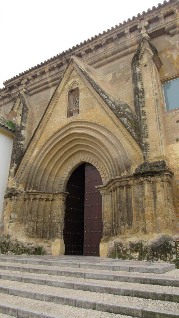 puerta-lateral-santa-marina