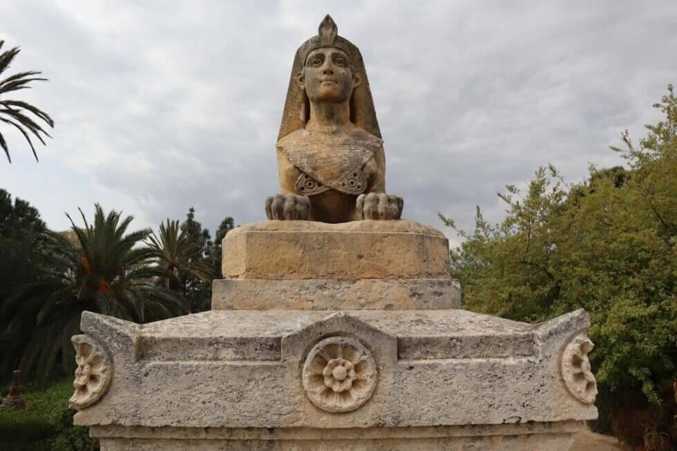 lunatouris-escultura-parque-torreblanca