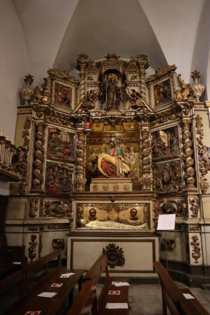 retablo-interior-iglesia