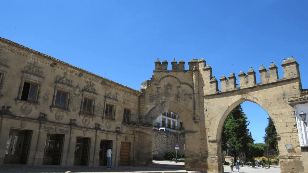 Puerta-de-jaen-arco-villalar
