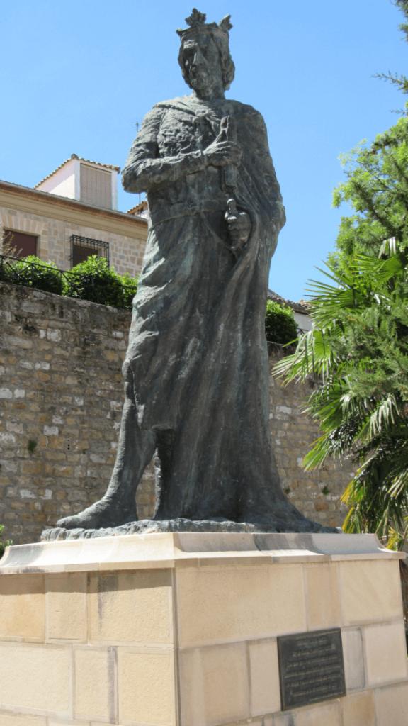 estatua-fernando-tercero-el-santo