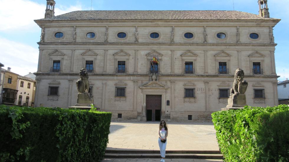 lunatouris-Palacio-Juan-Vazquez-Molina-Ubeda