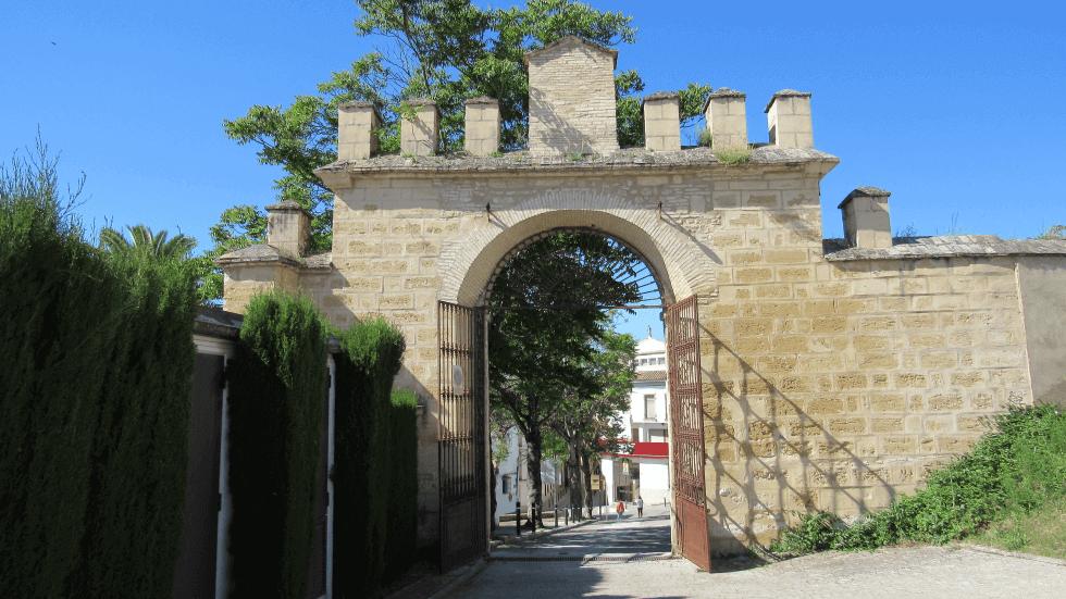 puerta-principal-castillo