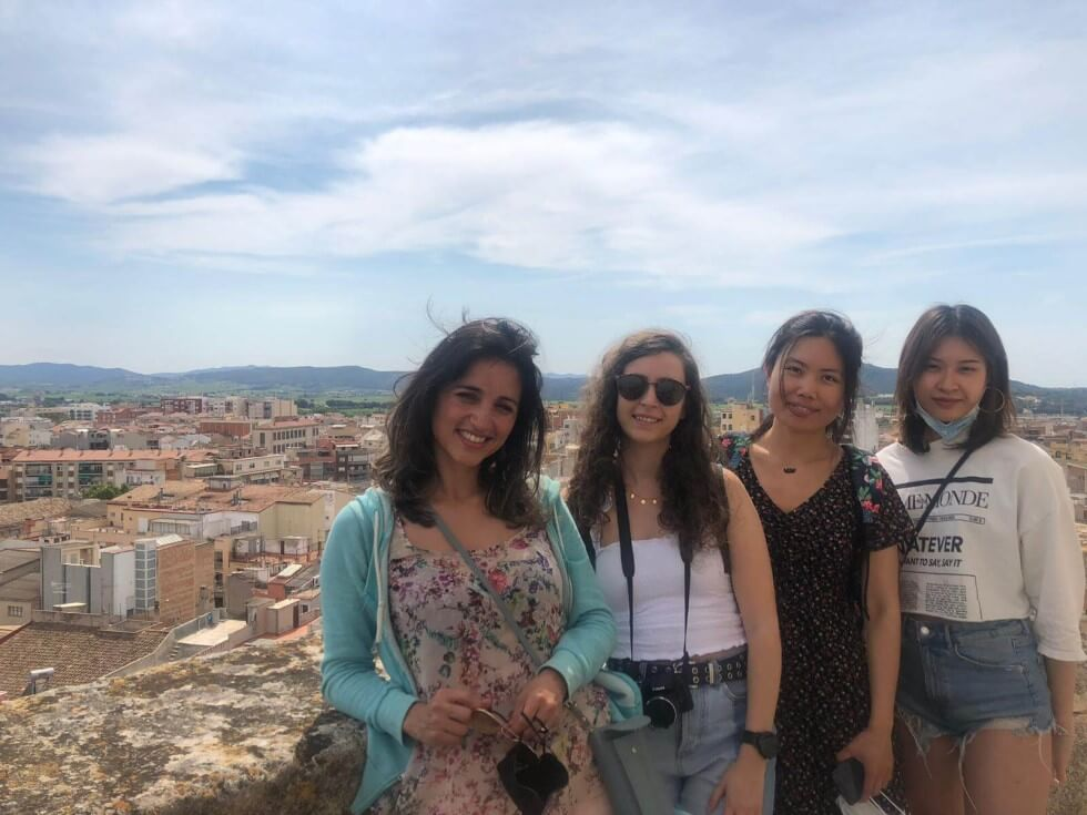 lunatouris-visita-vilafranca-amigas