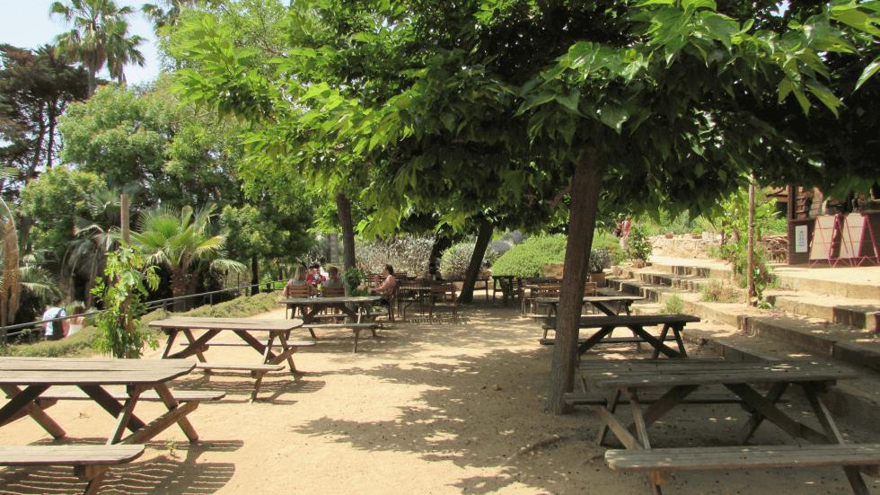 merendero-zona-descanso-jardin