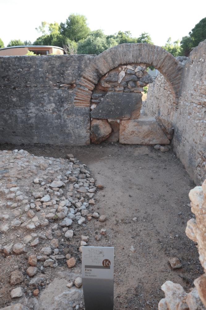 praefurnium-horno-termas-villa-romana