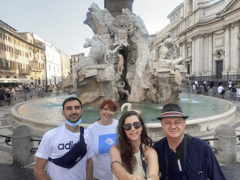 lunatoruis-familia-piazza-navona