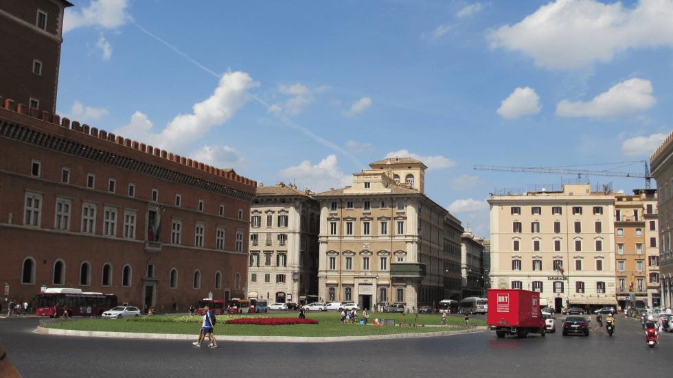 plaza-venecia-roma