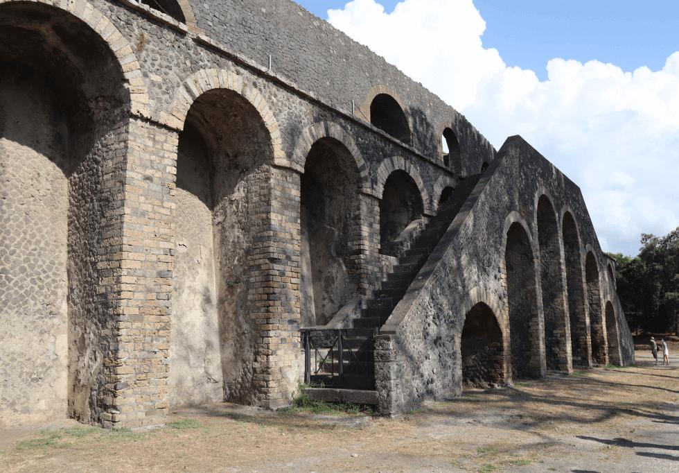 anfiteatro-romano-pompeya-napoles