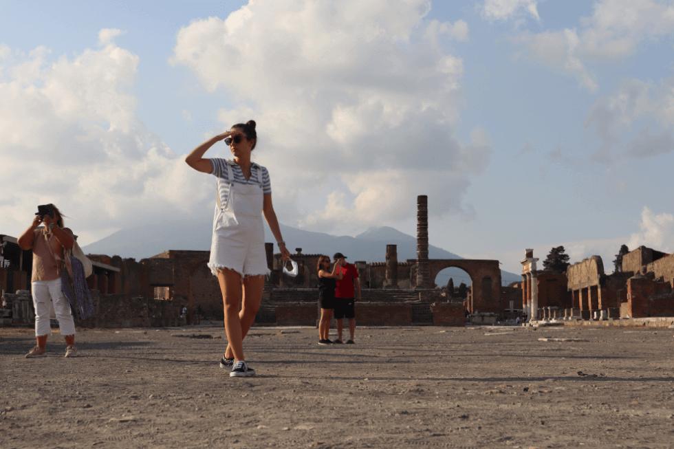 lunatouris-plaza-foro-pompeya