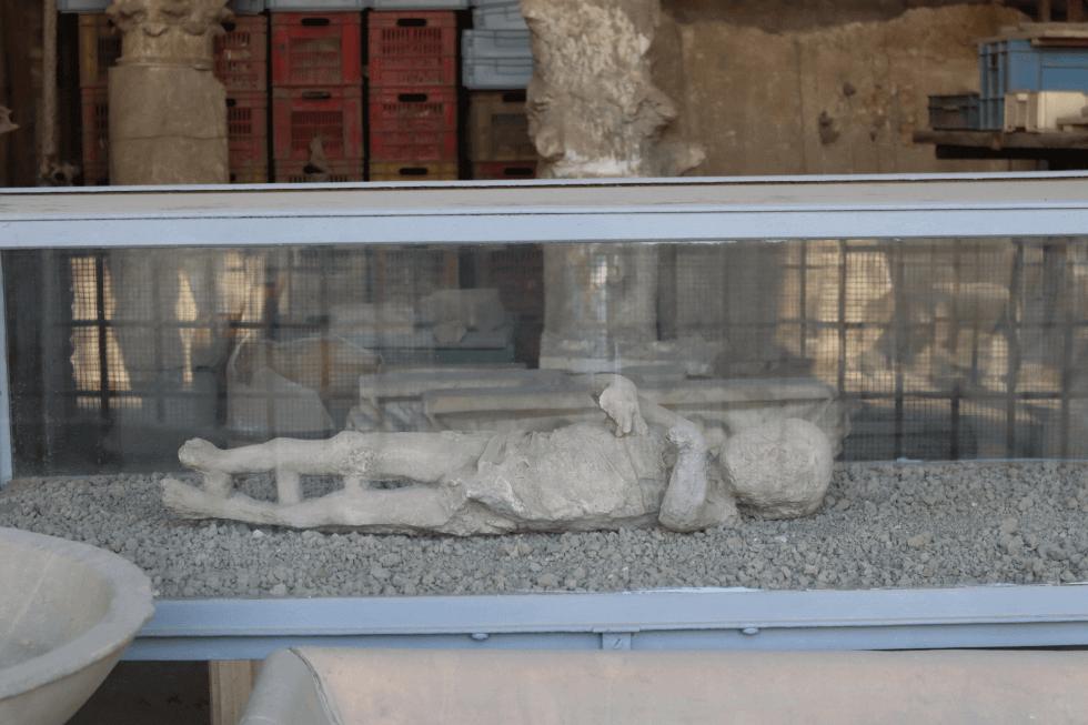 niño-momificado-pompeya